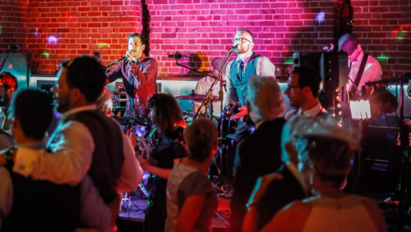 Good-Fellas-Live-Wedding-Band-For-Hire-Stage