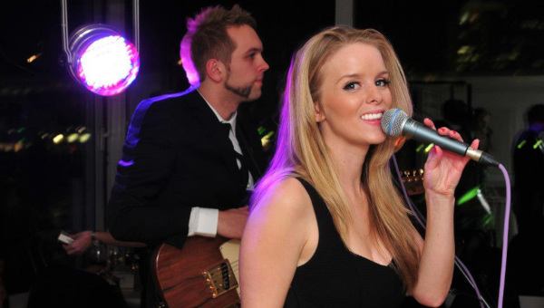 Flowers-Live-Wedding-Band-For-Hire-Singer