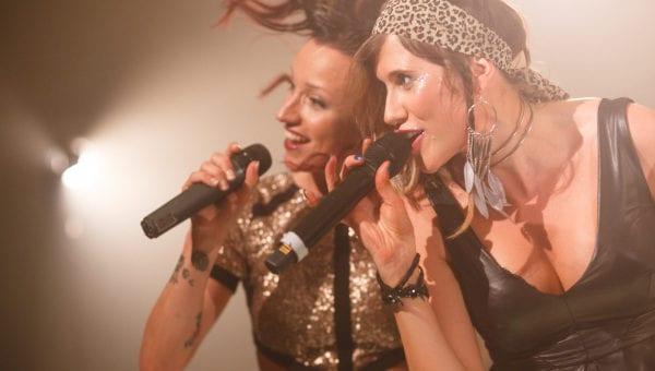 Flair-Wedding-Band-Female-Performing-Singers